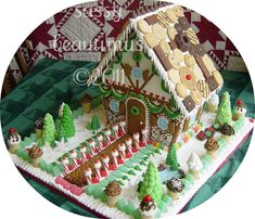 childrensmuseum1   This house went to the Children's Museum …   Flickr Homemade Gingerbread House, Cool Gingerbread Houses, Gingerbread House Designs, Gingerbread House Parties, Gingerbread Village, Christmas Gingerbread House, Christmas Sweets, Christmas Candy, Christmas Baking