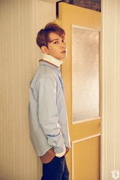 BLOOMING PERIOD Official Photo - Park Kyung  (this is now my favourite picture of Kyungie!)