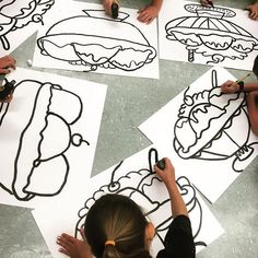 Next up- grade giant ice cream sundaes! Maybe a kitchen stein with the ink daubers 2nd Grade Art, Fourth Grade, Ecole Art, Art Curriculum, School Art Projects, Learn Art, Middle School Art, Art Lessons Elementary, Drawing Lessons