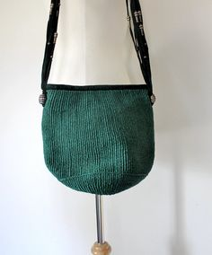 Straw Handbag / 70s Market Tote / Small Market Tote / Straw and Suede Bag / Raffia Shoulder Bag