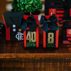 Nenhuma descrição de foto disponível. Wedding Boxes, Advent Calendar, Favors, Gift Wrapping, Holiday Decor, Party, Handmade, Instagram, Soccer Birthday Parties