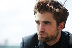 Google Image Result for http://cdn2-b.examiner.com/sites/default/files/styles/image_content_width/hash/52/c2/1350945485_3899_Robert%2520Pattinson.jpg