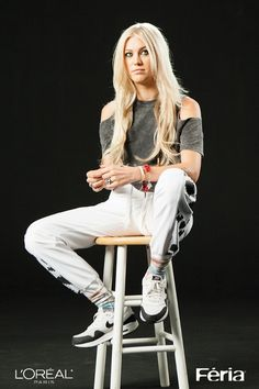 Pop provocateur Elliphant sees colors in emotion in spirit and in her music. Her newest creative expression: Extreme Platinum by Feria. Platinum Hair Color, Pure Platinum, Perfect Hair Color, Fall Outfits, Cute Outfits, Hair Color Shades, Her Music, Bad Hair, Casual Looks