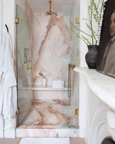 Marmor in Dusche Design-Idee - Home Inspiration - Home Design Dream Bathrooms, Beautiful Bathrooms, Girl Bathrooms, Luxury Bathrooms, Master Bathrooms, Dream Rooms, Home Design, Modern Design, Bath Design