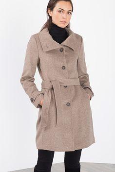 Esprit / Pehmeä takki, jossa XL-pystykaulus - koot loppu
