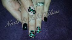 Camouflage bow nails
