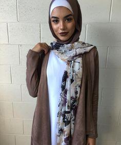 "Hijab Fashion | Nuriyah O. Martinez | 322 Likes, 2 Comments - UC Bankstown & Merrylands (@urbanculturebankstown) on Instagram: ""Stunning shawl back in stores #ucbankstown #ucmerrylands #hootd #modest #stylish #hijab…"""