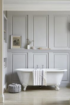Wall Paneling Home Depot Industrial Chic Style With Beautiful Architectural Details White Painted Exposed Brick And Wood Panelling Waterproof - Wood Wall Planks Bathroom Paneling Wooden Bad Inspiration, Bathroom Inspiration, Bathroom Ideas, Wooden Bathroom, Simple Bathroom, Bathroom Designs, Chair In Bathroom, Colorful Bathroom, Bathroom Canvas