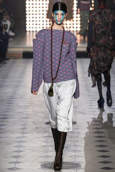 Vivienne Westwood Fall 2014 Ready-to-Wear - Collection - Gallery - Style.com
