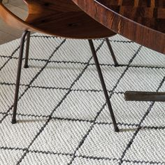 The Framework collection by Ligne Pure features a simple geometric design with a soft warm touch. This rug is available in 3 colours. Framework rugs are skilfully hand woven from the perfect combination wool and viscose. Contemporary Rugs, Modern Rugs, Simple Geometric Designs, London Design Week, Monochrome Interior, Soft Flooring, Rug Inspiration, Types Of Rugs, Carpet Design
