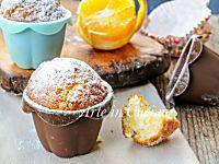 Muffin semplici senza uova e burro senza robot
