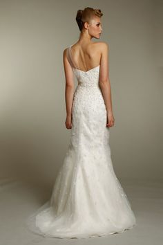 same dress...heres the back! By Alvina Valenta