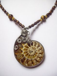 wire wrapped ammonite tutorial   Ammonite wire wrap pendant with beaded necklace