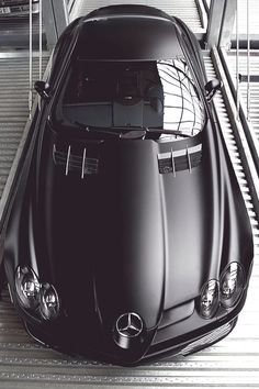 The legendary Mercedes-Benz SLR Mclaren 722 edition ♡ Porsche, Audi, Carros Lamborghini, Carl Benz, Automobile, Slr Mclaren, Mercedes Benz Cars, Mercedes Sl500, Mercedes Sport