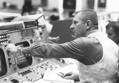 Gene Kranz. Mission Control.
