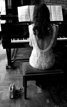 piano and backless dresses