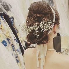 いやはや楽しかった。ずっと笑ってました!! #卒花 #本日挙式 #結婚式 #ヘアアレンジ #花嫁ヘア #イメージ通り#ブライダル #ブライダルヘア #かすみ草アレンジ #リボンカチューシャ #marryアプリ掲載応募#ヒルトン東京お台場