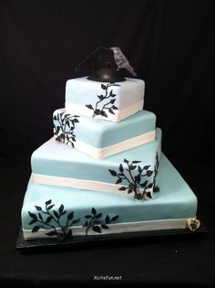 cake decorating ideas | ... to your baker below are some helpful wedding cake decorating ideas