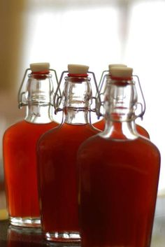 Homemade pomegranate liqueur is surprisingly easy to make. Recipe idea: flavor ganache chocolate. 5 ingredients:  fresh pomegrantes, lemon peel, cinnamon, vodka, sugar