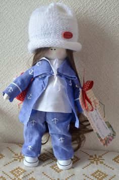 Elena Take hobby: Девочка в белой шапочке
