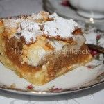 Æblekage - min mors bedste opskrift Danish Dessert, Danish Food, Baking Recipes, Cake Recipes, Scandinavian Food, Honey Cake, Bread Cake, Let Them Eat Cake, Baked Goods