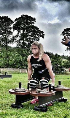 Strongman Farmers walk carry by Donna Moore
