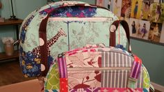 1003-3 Kay Whitt creates a colorful bag on It's Sew Easy