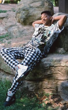 25 Years Later, We Look Back on Will Smith's Best Fresh Prince Looks! from Will Smith's Craziest Looks on The Fresh Prince of Bel-Air The Fresh Prince of Bel-Air debuted 25 years ago, Sept. on NBC, and we're… Continue Reading → Indie Fashion, Grunge Fashion, Urban Fashion, 90s Fashion, Streetwear Fashion, Fashion Outfits, Fashion Quotes, Hip Hop Look, Style Hip Hop