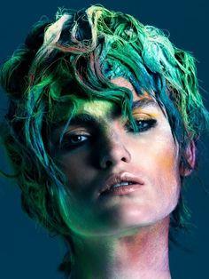 GLAMCULT  Hair: Hester Wernert-Rijn / Photography: Duy Quoc Vo / Make-up: Kathinka Gernant / Styling: Venus Waterman