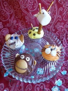 Jungle animal cupcakes from allrecipes.com