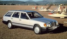 mbS124 1 Elegant and spacious- Mercedes-Benz 300 TE 4MATIC of the 124 series, 1987..jpg;  800 x 474 (@100%)