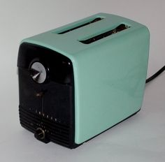 Aqua vintage Westinghouse toaster