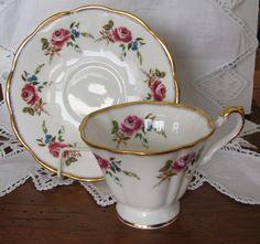 ROSINA Bone China Tea Cup & Saucer PINK Roses Gold Splash Trim England #elegant #rosina