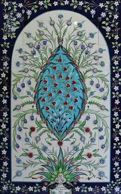 Katmanlı çini tekniği Tile Murals, Mural Art, Tile Art, Mosaic Art, Islamic Tiles, Islamic Art, Pottery Painting, Ceramic Painting, Pottery Patterns