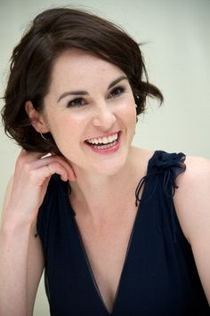Michelle Dockery. Kibbe - Dramatic Classic. Sun: 	23°26' Sagittarius	 	  Moon:	19°58' Léo, Jupiter 3°26' Scorpio,  Venus 4°06' Aquarius, True North Node 22°44' Cancer. Sun conjunction Neptune, Sun conjunction Mercury