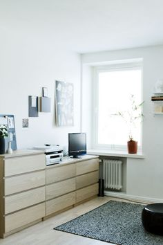 Ikea malm ikea lack and french press on pinterest - Malm frisiertisch weiay ...