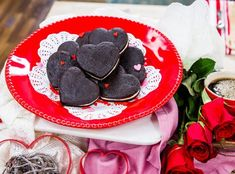 H&F~Rosanna Pansino is getting into the Valentine's Day spirit with this recipe, Chocolate Whoopi pies. Fun activity for the kids to help. Chocolate Hazelnut, Chocolate Recipes, Cake Pops, Just Desserts, Dessert Recipes, Cake Batter Fudge, Muffins, Heart Cookie Cutter, Vegan Caramel