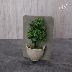 Here are some quick and fun cement projects that you can make over the holidays! By @metdaanoriginals Diy Cement Planters, Concrete Crafts, Concrete Projects, Diy Crafts Hacks, Diy Home Crafts, Diy Arts And Crafts, Flower Pot Crafts, Diy Projects Videos, Diy Videos