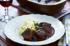 A simple Slow cooker beef with prunes recipe for you to cook a great meal for family or friends. Buy the ingredients for our Slow cooker beef with prunes recipe from Tesco today.