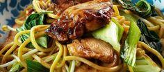 Kip Teriyaki met Mie is een heerlijk oosters gerecht dat gezond is en binnen enkele minuten op tafel staat! Ideaal als je niet zo veel tijd hebt en toch iets...