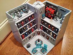 [MOC] Stark Industries Armory - Iron Man Hall of Armor LEGO | Flickr: partage de photos!