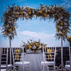 Weddig Flower Decor Ad incorniciare gli sposi la struttura decorativa per il tavolo del Sindaco