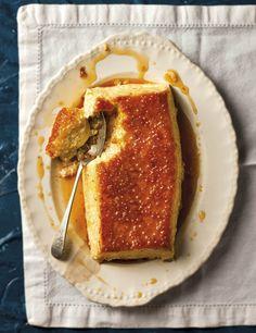 Sago-crème caramel, 'n Heerlike karamelnagereg wat met roomsagte sago gevul is – wat meer wil jy hê! 13 Desserts, Sweet Desserts, Sweet Recipes, Delicious Desserts, Dessert Recipes, Yummy Food, Awesome Desserts, Fudge Caramel, Kos