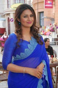 Indian Women in Beautiful Sarees and Blouses Beautiful Girl Indian, Most Beautiful Indian Actress, Beautiful Saree, Indian Tv Actress, Indian Actresses, Divyanka Tripathi Saree, Mumbai, Saree Models, Indian Beauty Saree