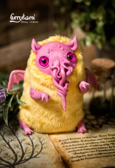 """MADE TO ORDER art toy """"baby Cthulhu"""" - toy art doll fantasy creature octopus Cute Fantasy Creatures, Weird Creatures, Mythical Creatures, Creepy Toys, Creepy Cute, Clay Monsters, Plush Animals, Soft Sculpture, Cthulhu"""