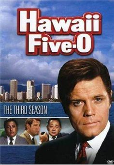 Hawaii Five-O : An American TV series about the investigations of Hawaii an elite branch of the Hawaii State Police answerable only to the governor and headed by stalwart Steve McGarrett played by Jack Lord. Hawaii Five O, Hawaii Hawaii, Hawaii Travel, Childhood Tv Shows, My Childhood Memories, O Tv, Mejores Series Tv, Old Shows, 80 Tv Shows
