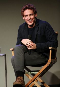 485002857-actor-sam-claflin-attends-meet-the-actor-sam-gettyimages.jpg (410×594)