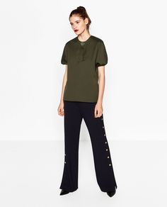 Afbeelding 1 van TOP MET WIJDE MOUWEN van Zara