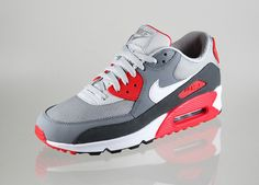 Nike Air Max 90 Essential Dusty Grey...I'm in love