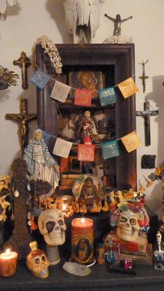 Beautiful Dia de los Muertos Altar ~ A Vintage Green Life Blog